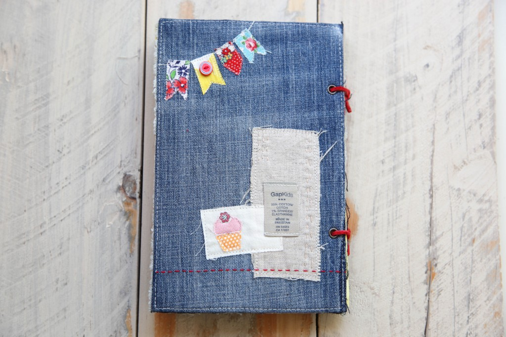 How To Create A Scrapbook Or Minibook On A Budget Minkis Work Table