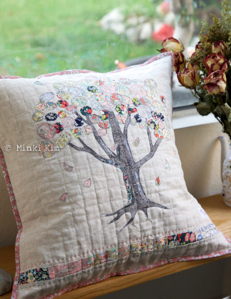liberty tree pillow copy