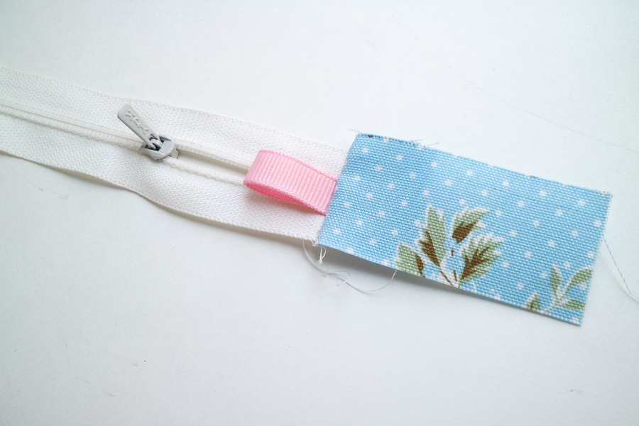 square zip pouch-12