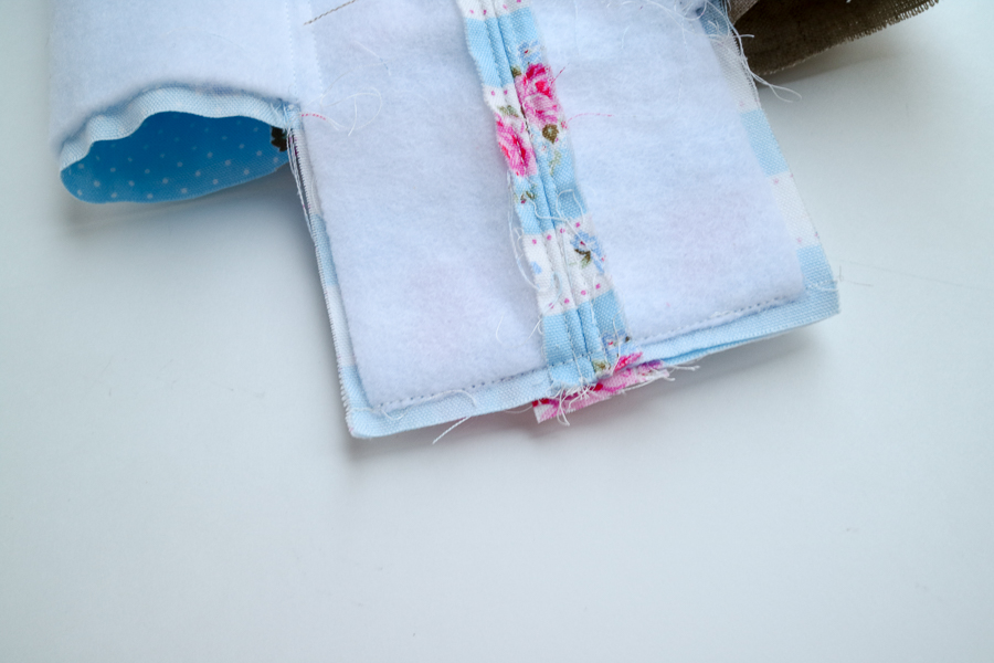 square zip pouch-15